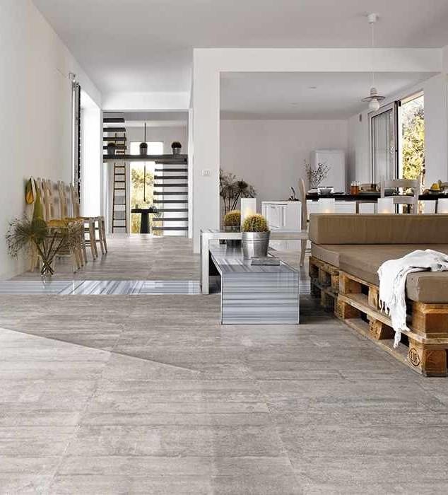 Wand en vloer tegels van hoge kwaliteit verhogen sfeer en uitstraling.